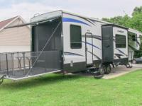 2016 Keystone Carbon 357 toy hauler fifth wheel, fully