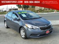 Delivers 39 Highway MPG and 26 City MPG! This Kia Forte