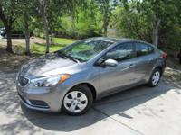 This 2016 Kia Forte 4dr 4dr Sedan Automatic LX features