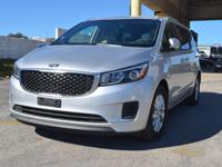 FUEL EFFICIENT 24 MPG Hwy/18 MPG City! CARFAX 1-Owner,