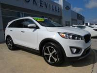 CarFax 1-Owner, This 2016 Kia Sorento EX will sell fast