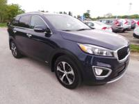 Come see this 2016 Kia Sorento EX. Its Automatic