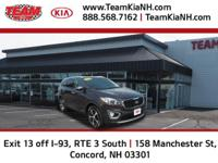 Kia Sorento EX 2016 Midnight Certified. Clean CARFAX.