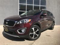 FUEL EFFICIENT 26 MPG Hwy/18 MPG City! EX trim. Kia