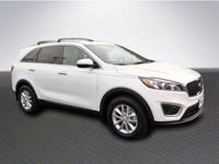 Snow White Pearl 2016 Kia Sorento LX FWD 6-Speed