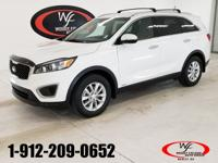 CARFAX One-Owner. Clean CARFAX. White 2016 Kia Sorento