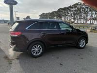 This 2016 Kia Sorento LX is proudly offered by Harper