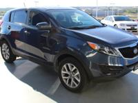 EPA 28 MPG Hwy/21 MPG City! CARFAX 1-Owner, Excellent