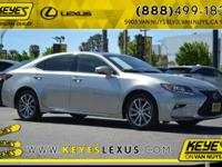 2016 Lexus ES 300h NAVI CARFAX One-Owner. Concerned