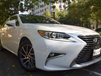 Looking for a family vehicle? This Lexus ES 350 is