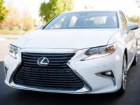 ***LEXUS CERITFIED*** and 2016 Lexus ES 350. Black
