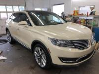 This 2016 Lincoln MKX Reserve is proudly offered by