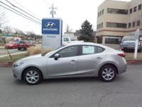 * 1 OWNER CLEAN CARFAX, REMOTE KEYLESS ENTRY,