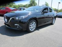 This 2016 Mazda MAZDA3 doesn't compromise function for