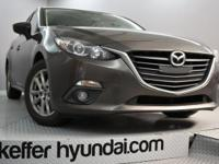 This 2016 Mazda Mazda3 i SKYACTIV-G 2.0L is a one owner