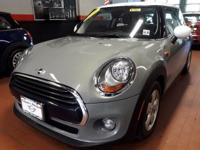 EPA 39 MPG Hwy/28 MPG City! MINI Certified, CARFAX