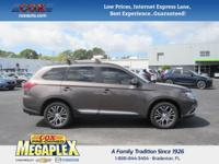This 2016 Mitsubishi Outlander SEL in Quartz Brown