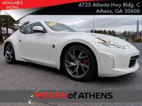 Come see this 2016 Nissan 370Z Sport. Its Automatic