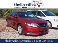 CARFAX One-Owner. 2016 Nissan Altima 2.5 FWD CVT with