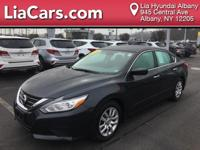 **ONE OWNER, CLEAN CARFAX**, 2016 Nissan Altima 2.5 S,