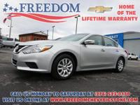 Altima 2.5 Brilliant Silver **  CLEAN VEHICLE HISTORY