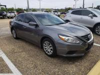 Gun Metallic 2016 Nissan Altima 2.5 FWD CVT with