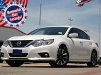 2016 Nissan Altima Pearl White CVT with Xtronic Altima