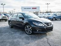 Super Black 2016 Nissan Altima 2.5 SR FWD CVT with
