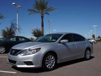 4 Cylinder  Options:  Cvt|This 2016 Nissan Altima Is