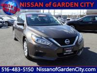 Snag a bargain on this 2016 Nissan Altima before it's