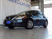 CARFAX One-Owner. Clean CARFAX. Black 2016 Nissan
