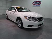 2016 Nissan Altima 2.5 S ** 39 MPG Highway ** This is