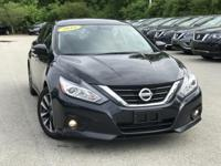 2016 Nissan Altima Gray CARFAX One-Owner. Clean CARFAX.