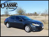 CARFAX One-Owner. Clean CARFAX. Blue 2016 Nissan Altima