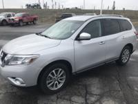 2016 Nissan Pathfinder S 4WD CVT with Xtronic 3.5L V6