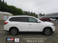Like brand new! Super clean 2016 Pathfinder SV 4x4!