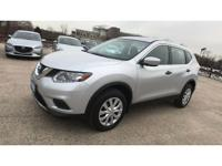 Clean CARFAX. CARFAX One-Owner. 2016 Nissan Rogue S