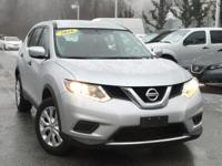 2016 Nissan Rogue S Silver 25/32 City/Highway MPG Clean