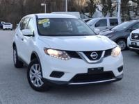 2016 Nissan Rogue White 25/32 City/Highway MPG CARFAX