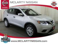 Gasoline! Drive this home today! 2016 Nissan Rogue FWD.