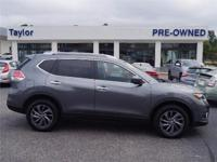 CarFax 1-Owner, This 2016 Nissan Rogue SL will sell