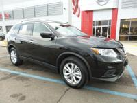 2016 Nissan RogueCARFAX One-Owner. Clean CARFAX.Power