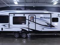 Octane ZX T26Y Toy Hauler We offer the 2016 Jayco