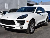 New Arrival! CarFax 1-Owner, This 2016 Porsche Macan S