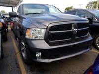 ONLY 7K MILES**SHORT BED**EXPRESS PACKAGE** HEMI