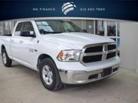 FUEL EFFICIENT 25 MPG Hwy/17 MPG City! SLT trim. CARFAX