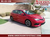Clean CARFAX. 28/37 City/Highway MPG. Backup Camera,