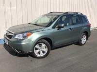 EPA 32 MPG Hwy/24 MPG City! CARFAX 1-Owner, ONLY 21,225