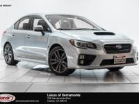 Scores 27 Highway MPG and 20 City MPG! Carfax One-Owner