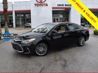 **TOYOTA SAFETY SENSE**, **SUN ROOF / MOON ROOF**,